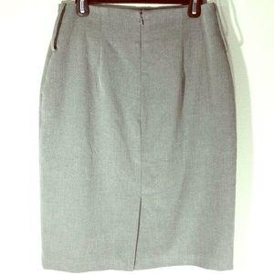 Worthington Straight Pencil Gray Skirt Size 10